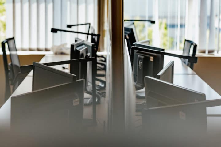 fixed-desk
